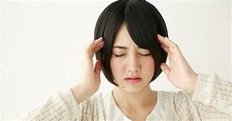 雨の日の頭痛を改善することが出来るのは〇〇(出張マッサージヘッド)